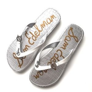"Sam Edelman | White ""Miller"" Thong Sandals Sz 6"